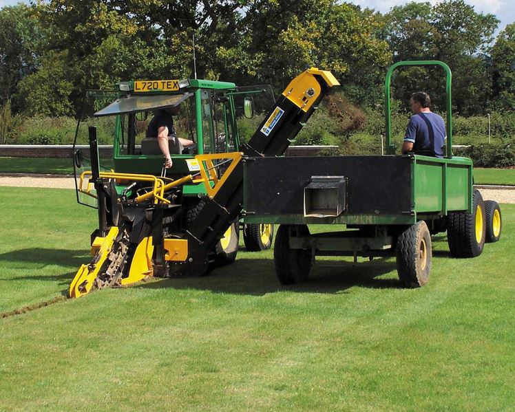 AFT 45 compact sports trencher