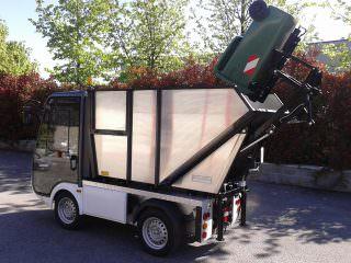 Electric Refuse Management Vehicle